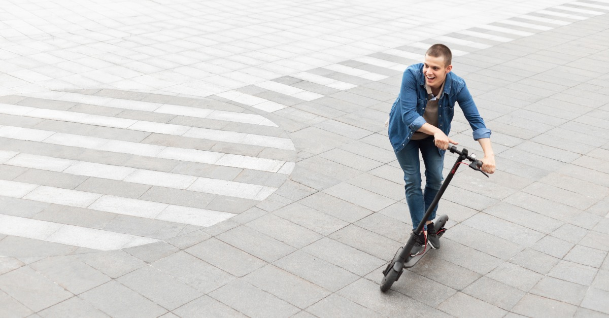 Kolobežky a e-kolobežky: Aké riziká predstavujú?